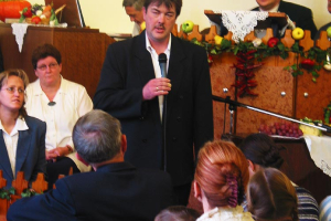 Hálaadó istentisztelet 2003.10.26
